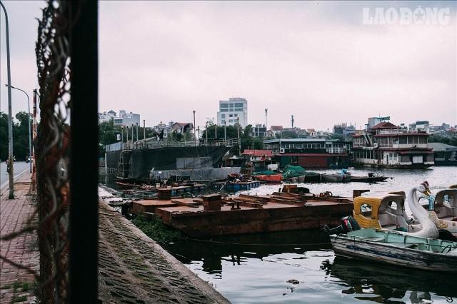Bến du thuyền hồ Tây xa hoa một thời sao lại biến thành