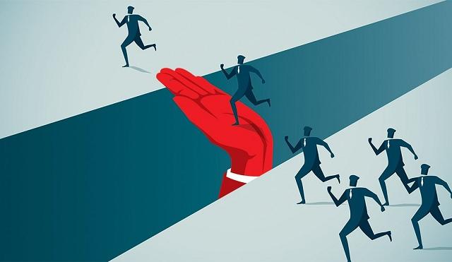 'Bước đệm' nào đẩy lợi nhuận ngân hàng quý 2 vươn lên giữa dịch bệnh?