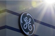 Sụt giảm 55% trong 12 tháng qua, cổ phiếu General Electric bị loại khỏi Dow Jones sau 111 năm gắn bó