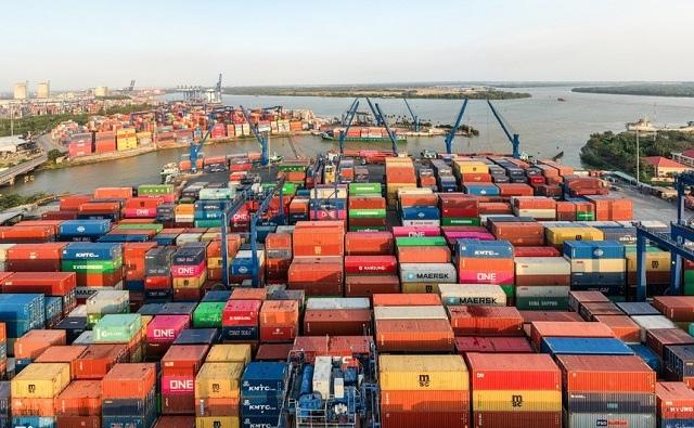 Cảng Cát Lái tạm ngừng tiếp nhận hàng hóa