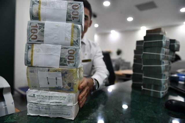 Bộ Tài chính cảnh báo rủi ro trái phiếu doanh nghiệp lãi suất cao