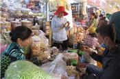 Đặc sản nước ngoài đổ bộ chợ tết tại TP HCM