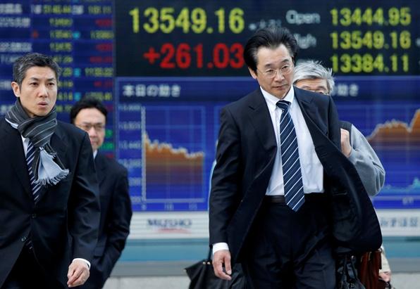 Chứng khoán châu Á chạm đỉnh 10 năm trước số liệu kinh tế Mỹ và Trung Quốc
