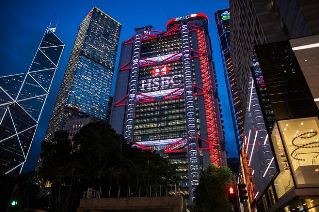 Chứng khoán Hong Kong chạm đáy kể từ năm 2004