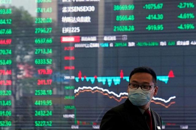 Bán mạnh cổ phiếu, các quỹ Nhà nước Trung Quốc phát tín hiệu cảnh báo về cơn sốt đầu cơ
