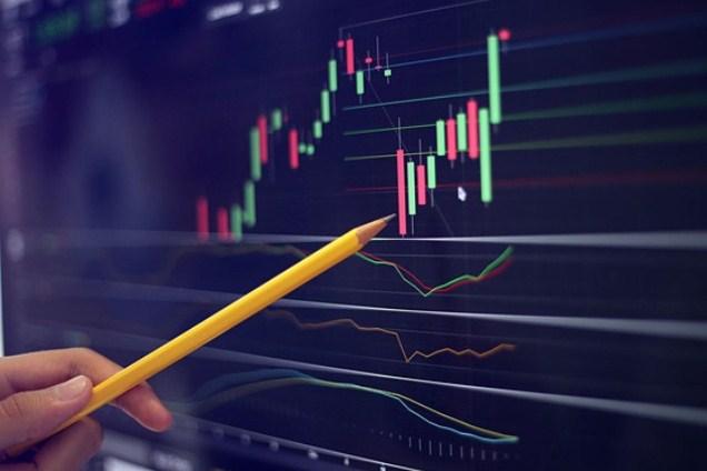 """Tuần 12-16/07/2021: 10 cổ phiếu """"nóng"""" dưới góc nhìn PTKT của Vietstock"""