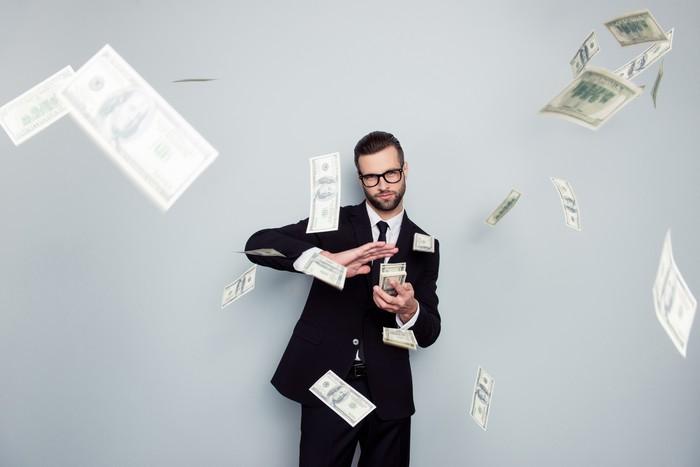 Doanh nghiệp nào trả cổ tức trong mùa báo cáo tài chính tràn về?