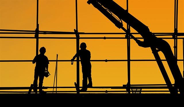 Công ty xây dựng nào có lãi giảm mạnh nhất trong quý 3?