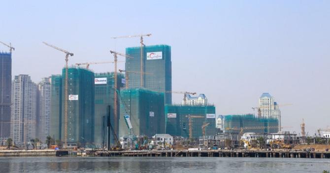 """Bất động sản """"ấm"""", 2 doanh nghiệp lớn ngành xây dựng TP.HCM lãi đột biến"""