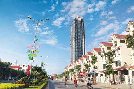 UBND Hà Tĩnh chỉ bán được hơn 2% số cổ phần HTU mang ra đấu giá