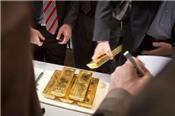 Giá vàng giảm 1%, chạm đáy một năm sau phiên điều trần của chủ tịch Fed
