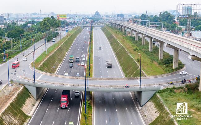 TPHCM xem xét đầu tư hàng loạt dự án giao thông quy mô lớn