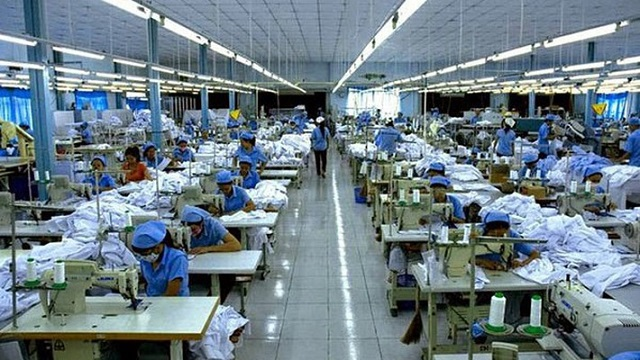 Doanh nghiệp nhập khẩu nguyên liệu để gia công cho nước ngoài sẽ được hoàn thuế