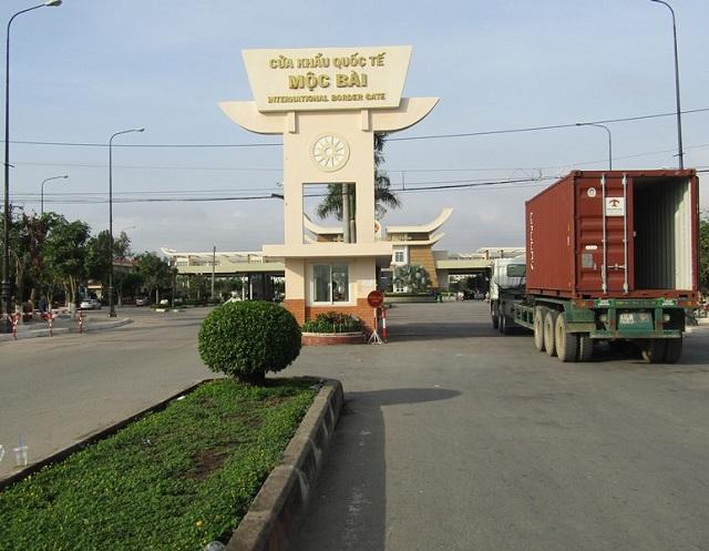 Việt Nam tạm đóng cửa biên giới với Lào và Campuchia