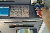 Phó giám đốc CN Eximbank chiếm 245 tỉ đồng của khách hàng rồi biến mất