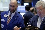 Dow Jones tiếp tục giảm 424 điểm do lo ngại chiến tranh thương mại