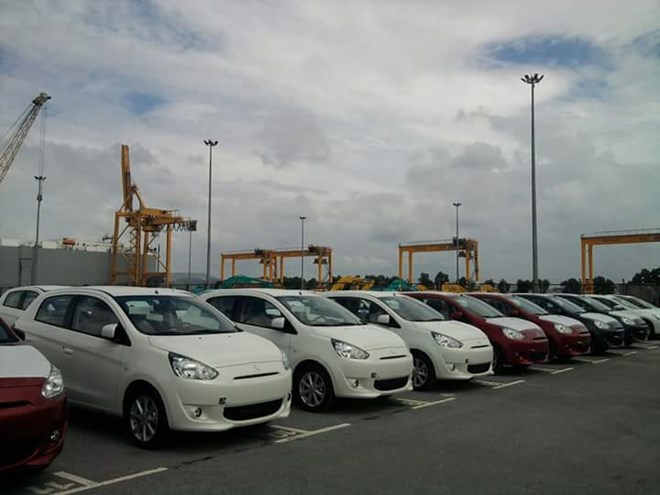 Vì sao doanh nghiệp nhập ô tô bỏ chạy khỏi cảng Cái Lân?