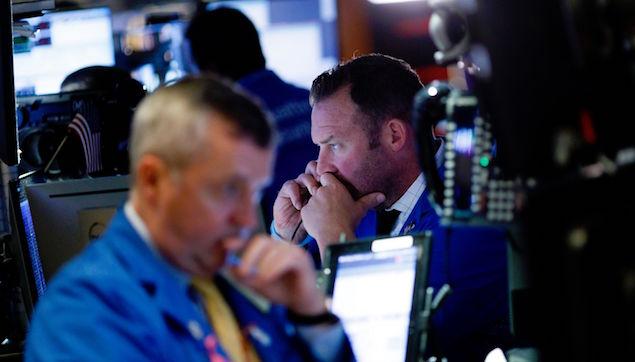 Phố Wall giảm 2 tuần liên tiếp vì cổ phiếu công nghệ