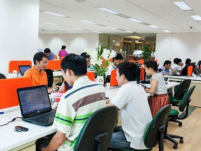 FPT Online trả cổ tức 50% bằng tiền mặt