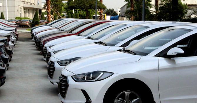 Ô tô 1 tỷ giảm giá hơn 200 triệu: Đừng vội mua xe trước tết
