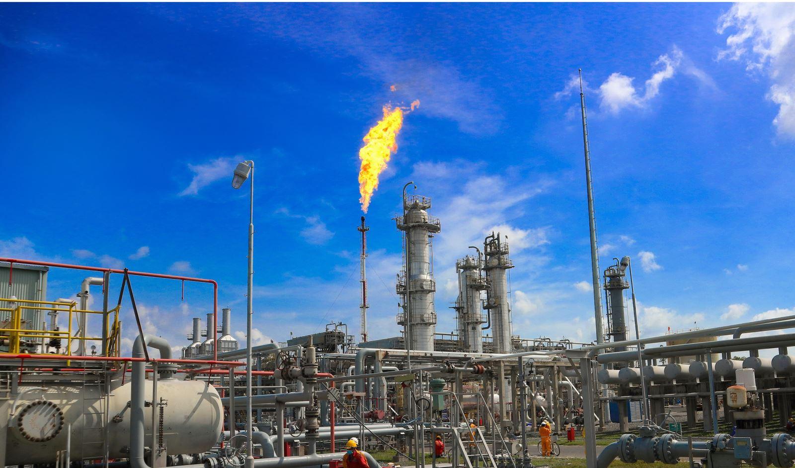 GAS vượt 41% kế hoạch năm nhờ dầu tăng giá