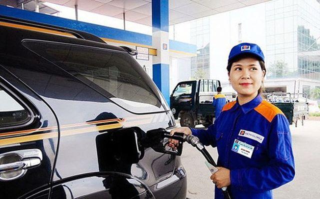 """""""Đẻ""""... thêm điều kiện kinh doanh đối với ngành xăng dầu"""