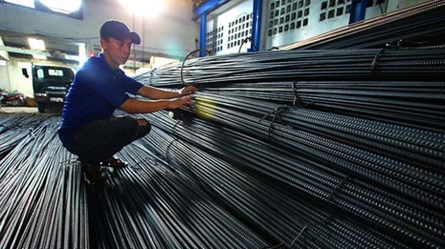 Xi măng, sắt thép bắt đầu 'đua' tăng theo giá điện