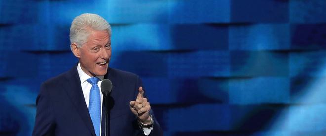 Nếu bà Clinton trở thành Tổng thống Mỹ, biết gọi ông Clinton là gì?