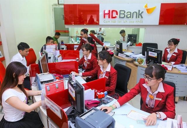 HDBank ước lãi quý 1 trên 2,000 tỷ đồng, tăng 67%, thu nhập từ dịch vụ tăng gấp đôi