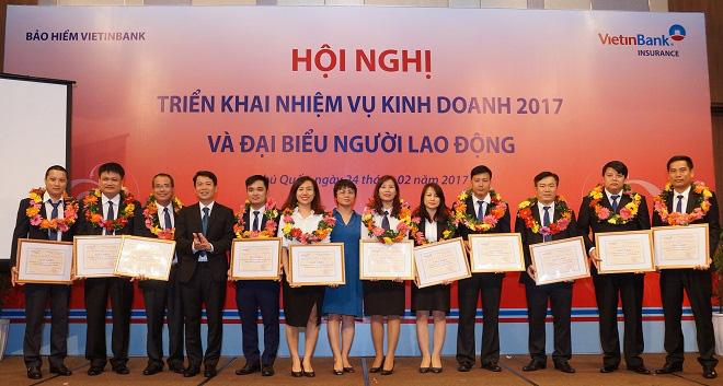 Doanh thu phí của Bảo hiểm VietinBanktăng hơn 40%
