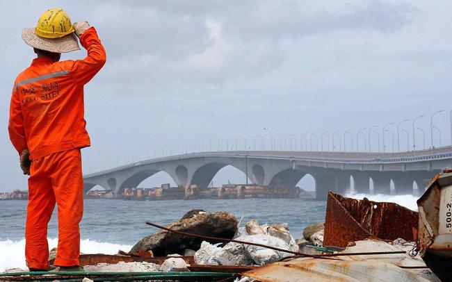 Chìm trong 'núi' nợ vì tham gia vào Sáng kiến Vành đai và Con đường, Maldives loay hoay tìm cách thoát khỏi bi kịch bị Trung Quốc 'bòn rút'
