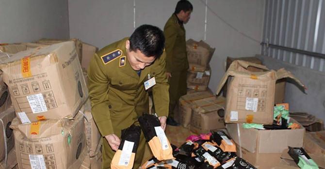 Thị trường 24h: Phát hiện hàng ngàn túi nguyên liệu trà sữa không rõ nguồn gốc