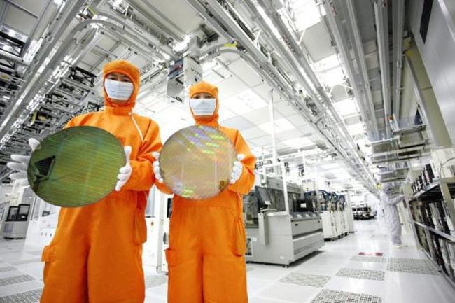 Nền kinh tế Hàn Quốc yếu vì bùng nổ công nghiệp bán dẫn
