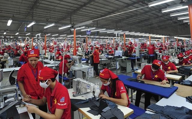 Xuất khẩu dệt may giảm lần đầu tiên sau 25 năm tăng trưởng liên tục