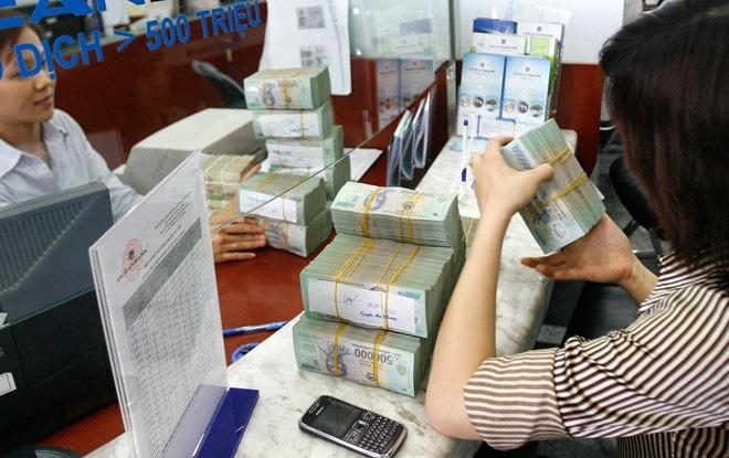 Thừa vốn, các ngân hàng đem tiền đầu tư vào đâu?