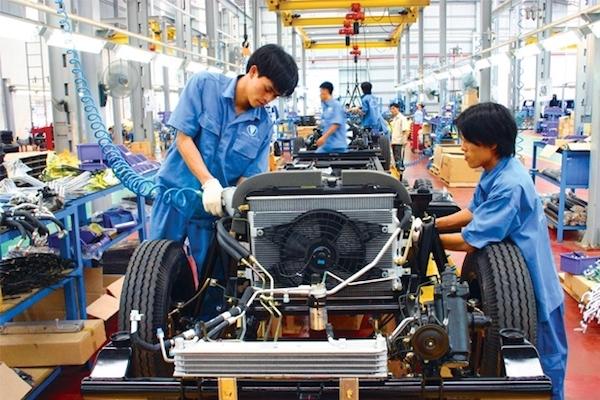 Đề xuất giảm giá tính thuế tiêu thụ đặc biệt với linh kiện phụ tùng ô tô nội