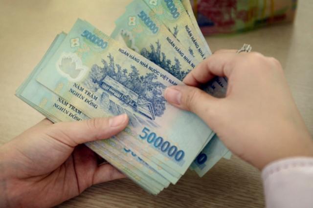 Lương trung bình lao động Việt thấp hơn 10 lần so với khu vực