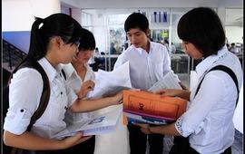 Tập sự vẫn được hưởng 100% lương và phụ cấp tăng thêm
