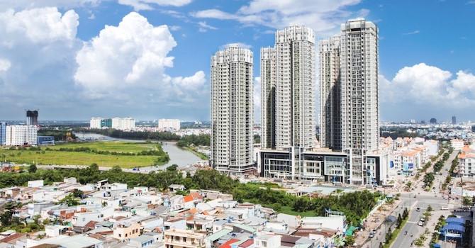 Số lượng doanh nghiệp bất động sản, tài chính tăng vọt