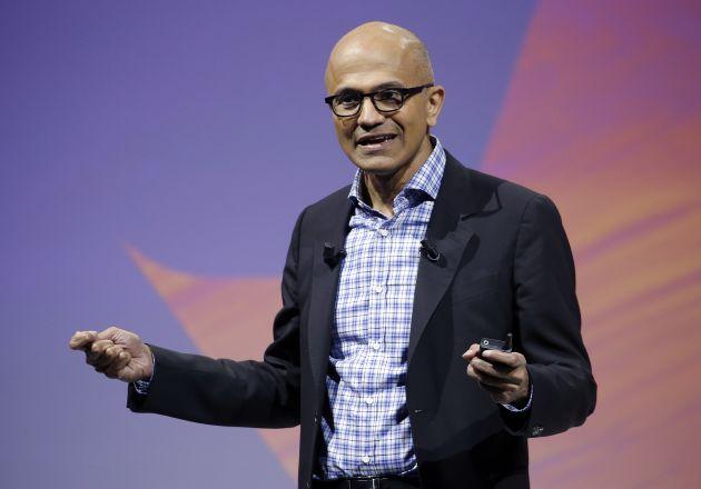 Vốn hóa của Microsoft tíc tắc chạm mức ngàn tỷ đô