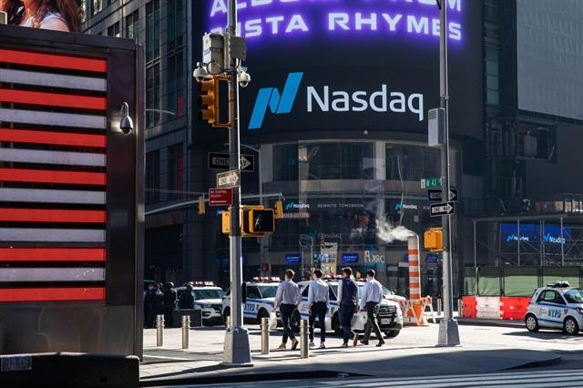 """Chứng khoán công nghệ """"bốc hơi"""" 1,600 tỷ USD trong tuần lợi suất trái phiếu tăng vọt"""