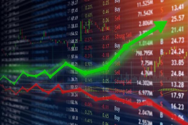 """Ngày 30/03/2021: 10 cổ phiếu """"nóng"""" dưới góc nhìn PTKT của Vietstock"""