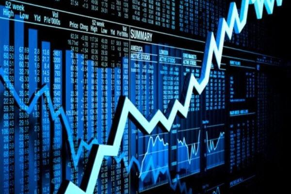 """Tuần 17-21/05/2021: 10 cổ phiếu """"nóng"""" dưới góc nhìn PTKT của Vietstock"""
