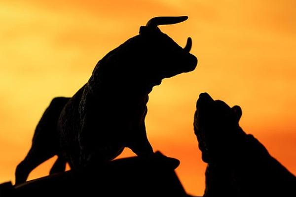 Thị trường chứng quyền 01/04/2020: Hiện tượng phân hóa đang diễn ra