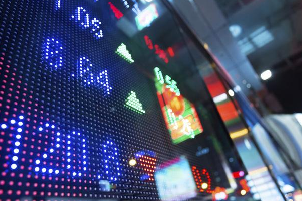 """Tuần 14-18/10/2019: 10 cổ phiếu """"nóng"""" dưới góc nhìn PTKT của Vietstock"""