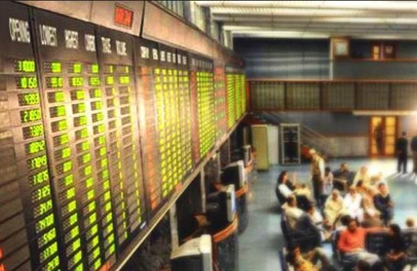 """Ngày 20/06/2019: 10 cổ phiếu """"nóng"""" dưới góc nhìn PTKT của Vietstock"""