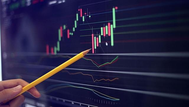 Nhịp đập Thị trường 14/07: Cổ phiếu ngân hàng đỏ lửa, VN-Index dao động quanh tham chiếu
