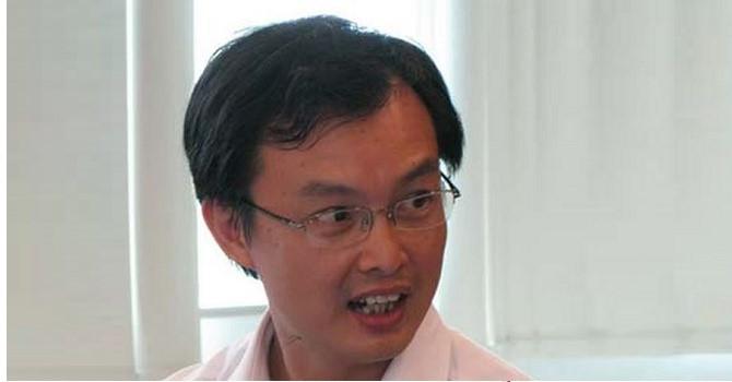 Eximbank rút người đại diện vốn tại Chứng khoán Rồng Việt