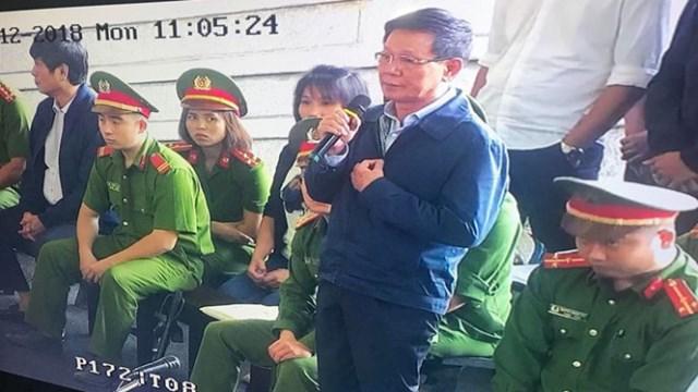 Cựu trung tướng Phan Văn Vĩnh đề nghị không công bố bản án lên trang tòa án