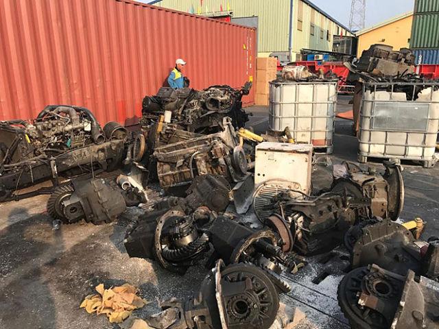 Chặn rác phế liệu nhập khẩu